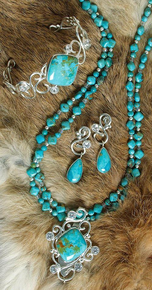 Chilean Turquoise Necklace & Pendant,Bracelet and Earring Set